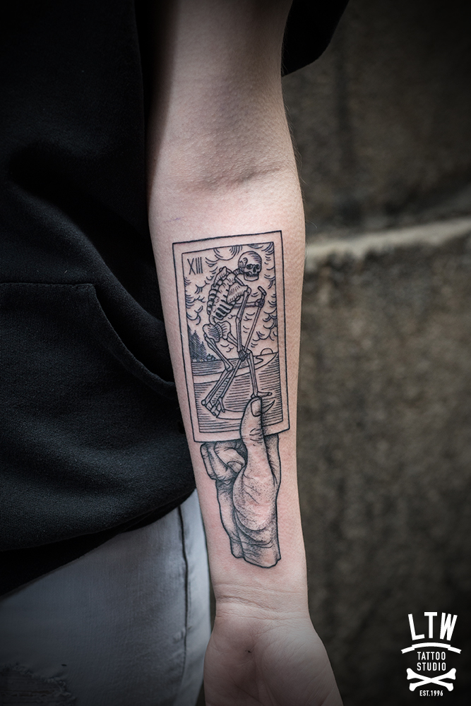 Tarot card tattoo with engraving style by Andreu Matallana