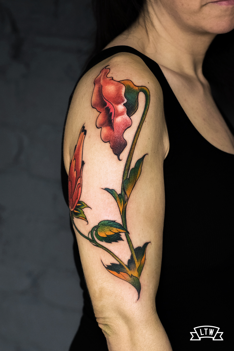 Tattoo inspired on the Pink Floyd flowers done by Man
