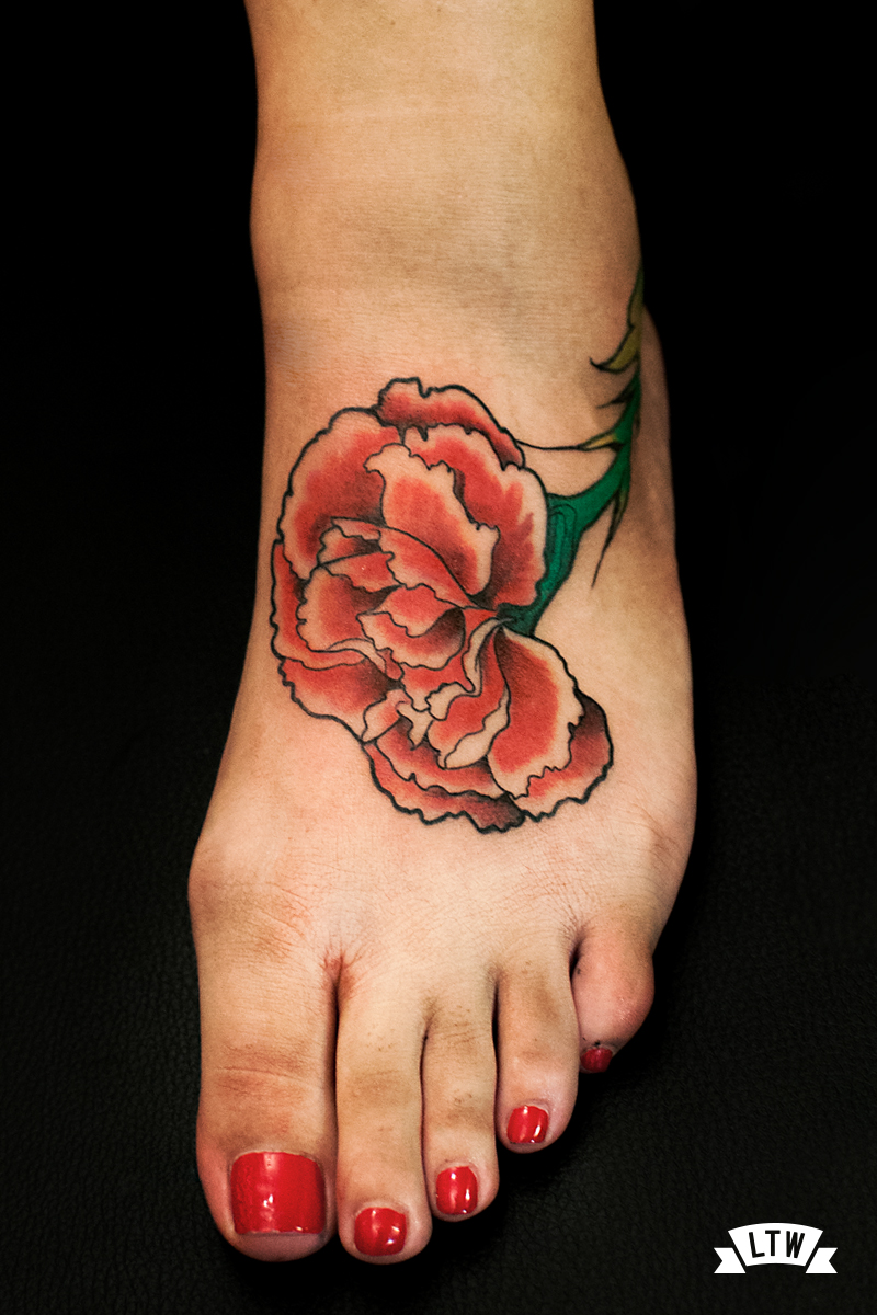 Carnation tattooed by Man