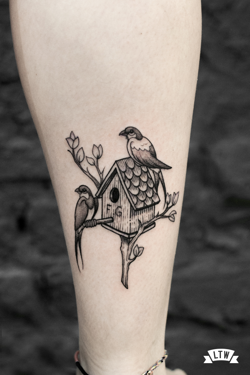 Birdhouse tattooed by Andrés