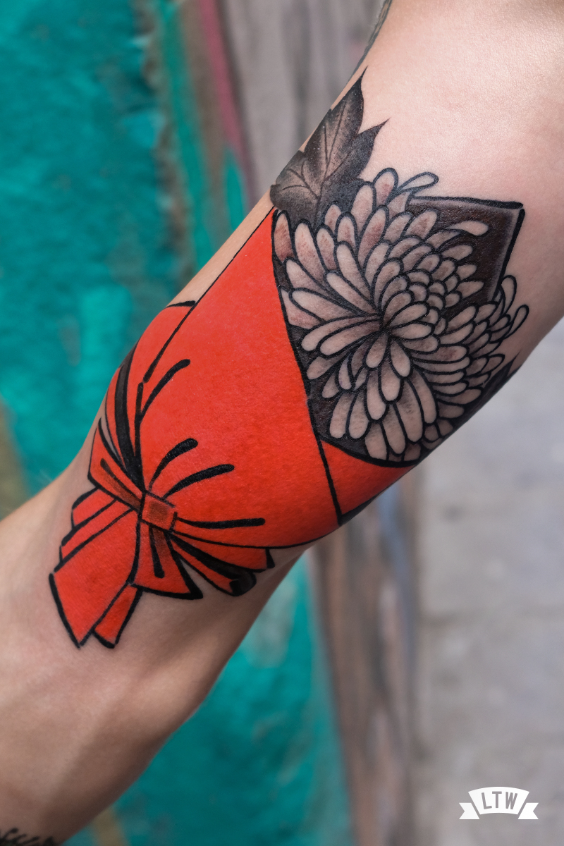 Bouquet tattooed by Nutz